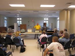 Bobby Colson, teaching a bee class.